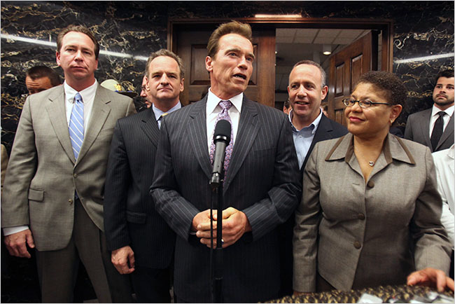 governor Arnold Schwarzenegger and 2009 California budget deal