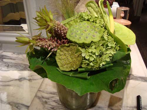 U Goto Florist green bouquet