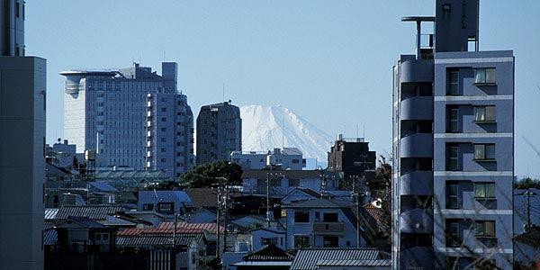 Fujimizaka view, partly blocked