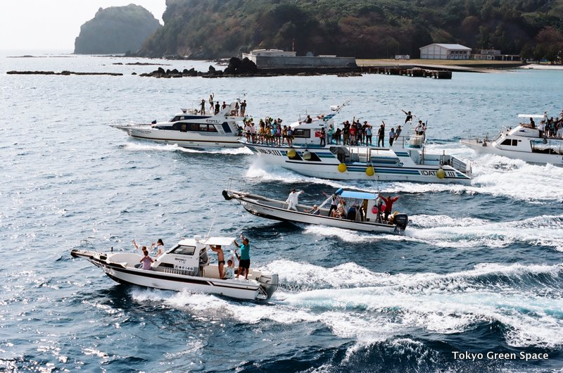 flotilla_departure_ogasawaramaru