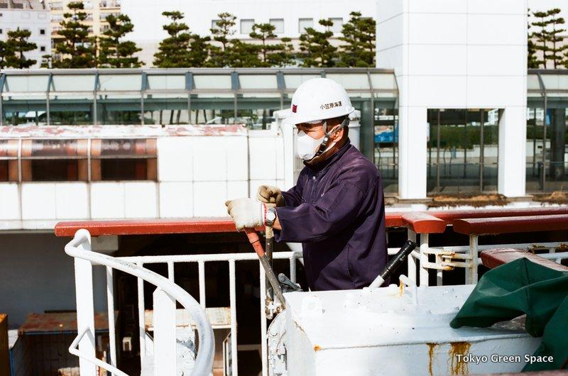 loading_crane_operator_ogasawaramaru_ship