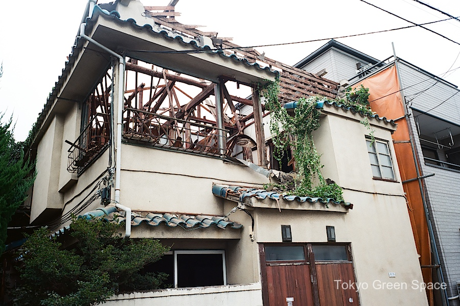 demolition_nakano_no_roof