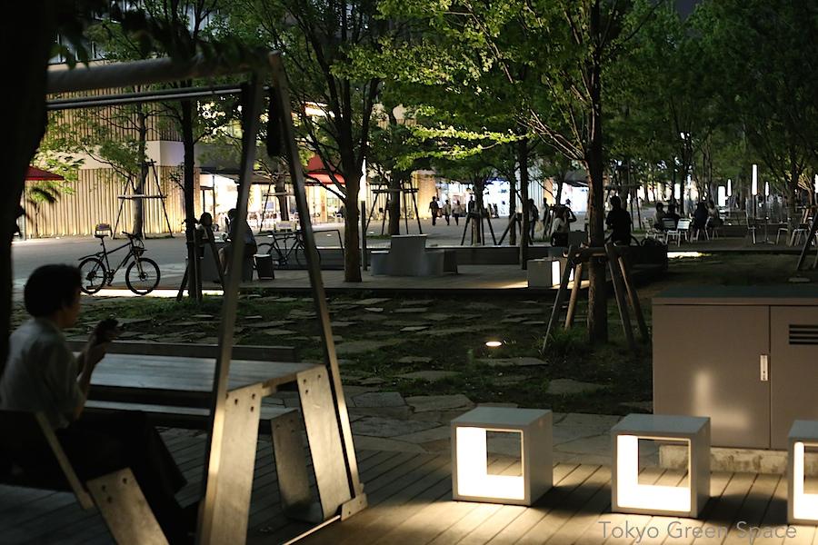 nakano_central_park_night