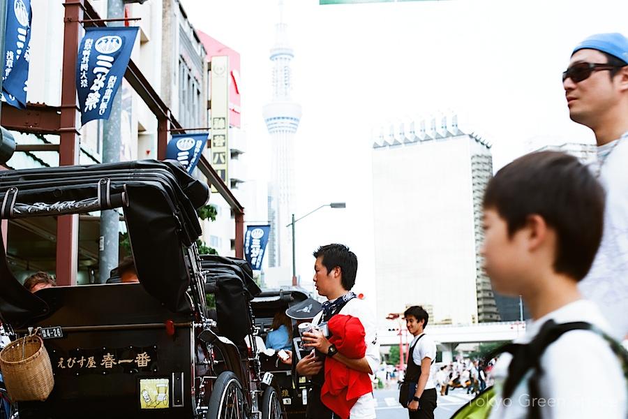 sanja_matsuri_asakusa_pedicab