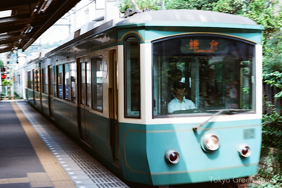 enoden_kamakura_yuigahama