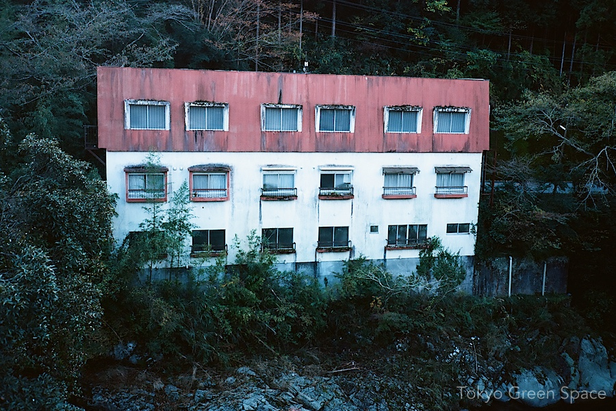abandoned_hotel_naka_izu